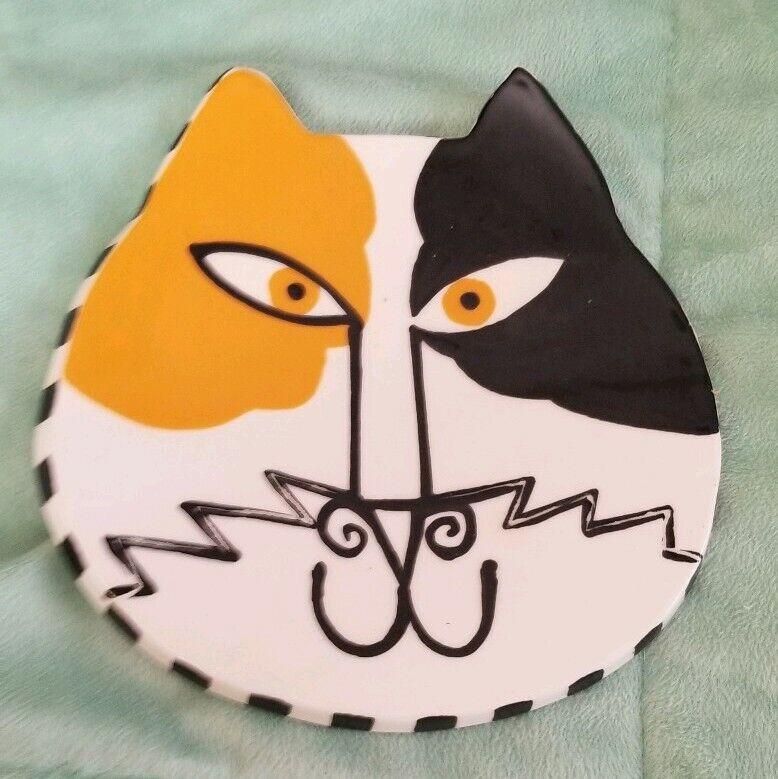 """Ceramic Cat Dish 7""""  x 7""""  with Signature"""