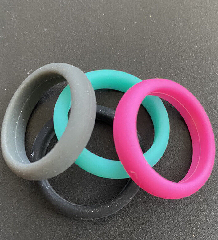Silicone Rubber Wedding Ring Band Women Soft 4 Pack !!!!! Colors Shown Sizes 5-9