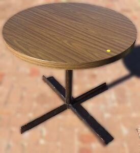 Outdoor / indoor coffee table Bowen Mountain Hawkesbury Area Preview