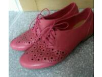 Pretty in pink (6.5). CLARKS Air