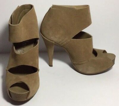Pedro Garcia $540 Platform Ankle Strap Size 7 37 Tan Suede EUC Cone Heel Ankle Strap Platform