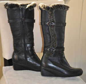 Town Shoe Fur lined leather boots