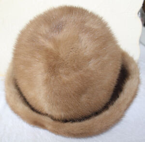 Lovely Women's Mink Fur Hat Size Large With Original Box London Ontario image 2