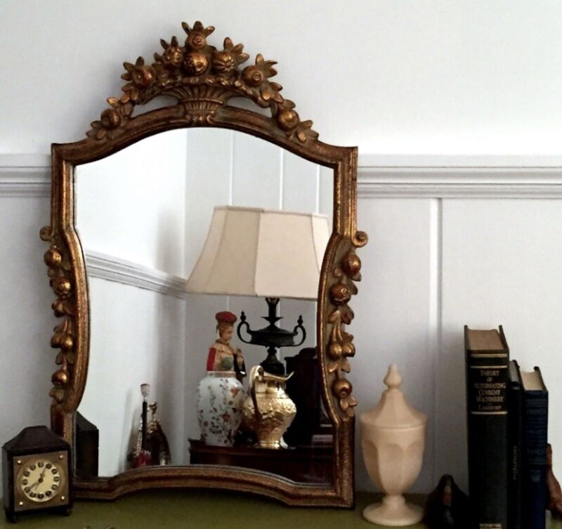 Vtg Hand Carved Ornate Italian Giltwood Mirror Made in Italy