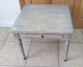 SHABBY CHIC COFFEE SIDE TABLE WITH DRAWER