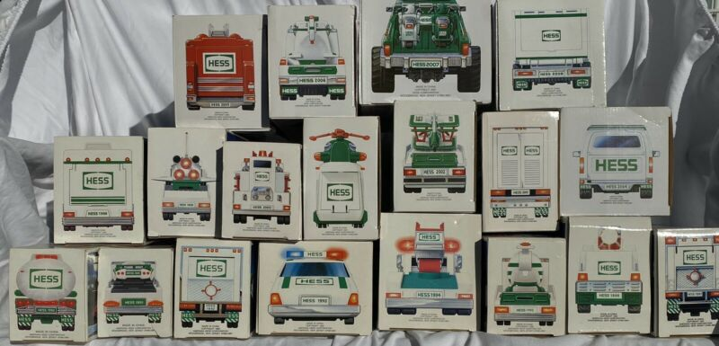 HESS TRUCKS 1989-2008 (LOT of 20) NIB + BONUS 9 Minis