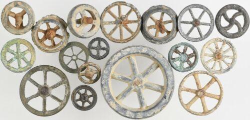 Très bon lot de 17 de rouelles à rayons, celtiques ou médiévales - 2