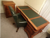 Large Mahogany Wood Partners Desk+Filing Cabinet Immaculate Condition