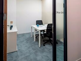 Office space for two people with everything included. Liverpool, Derby Square.