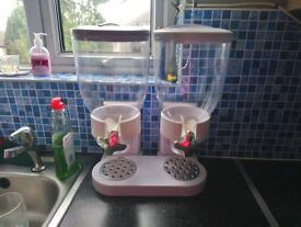 Cereal dispenser/container