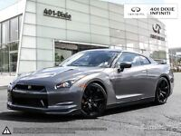 2009 Nissan GT-R PERFORMANCE AT ITS FINEST!