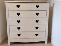 Chest of drawers (immaculate condition