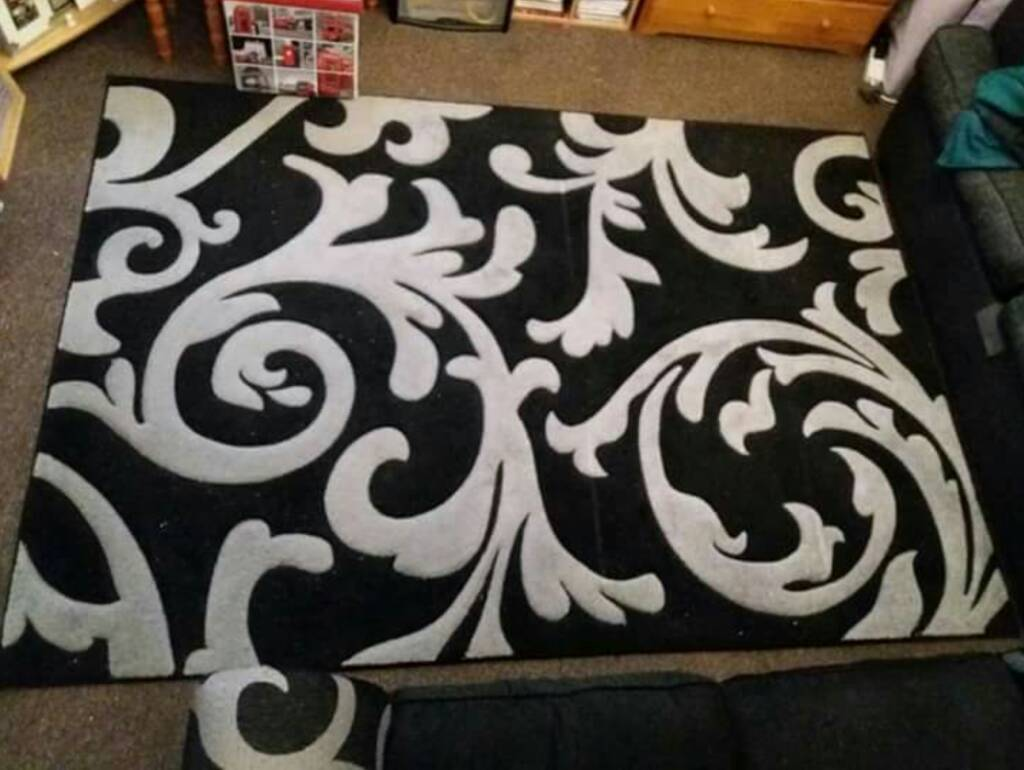 XL Large plush modern rug from Next