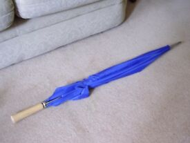 Giant Umbrella, 40 inches long with Solid Wood Handle. Quality Item. New.