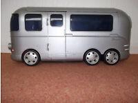 Bratz Flash Back Fever Van