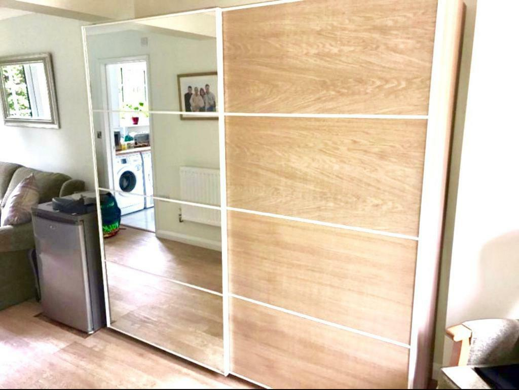ikea pax auli mirror ilseng white stained oak sliding. Black Bedroom Furniture Sets. Home Design Ideas