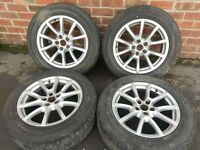 Audi Q5 Set of Alloy Rims and Tyres (F16)