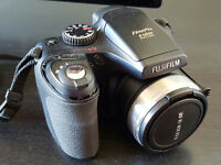 Fuji Finepix S5800 Digital Camera