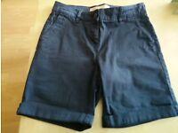 Ladies chino shorts .