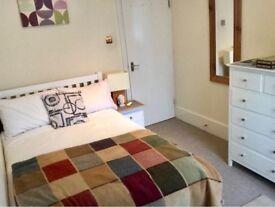 Bright double bedroom in sea view balcony flat