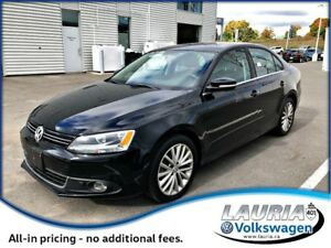 2012 Volkswagen Jetta 2.0 TDI Highline  - Very low kms!