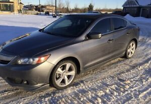2013 Acura ILX premium low kms 50k only