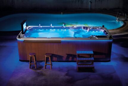 4.8m Luxury Swim Spa - All inclusive including Delivery