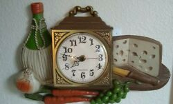 Vintage Burwood Plastic Clock/Wine Themed/#460-1, 1973/ Bat. incl. Works Great!