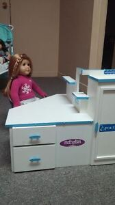 American girl Mia GOTY Murphy Bed and chair DOLL NOT INCLUDED