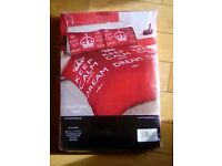 Two Double duvet red and white