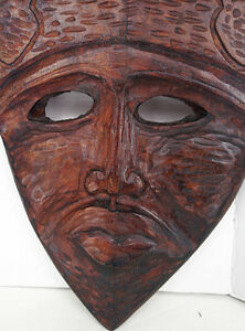 NEW PRICE Beautiful Carved African Mask Large solid Wood West Island Greater Montréal image 2