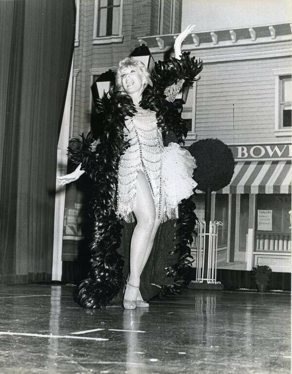 Barbara Eden Leggy in costume on stage 1984 Original 7x9 Press Photo with snipe
