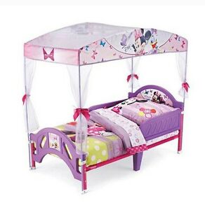 Minnie Mouse Toddler Canopy Bed and Bedset