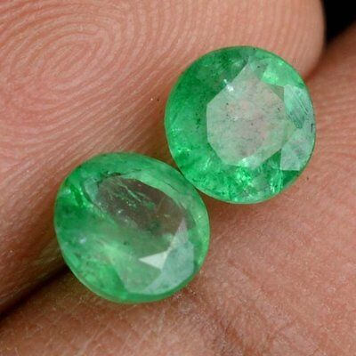 NATURAL PRETTY GREEN EMERALD LOOSE GEMSTONE (2 pieces) ROUND CUT (2.9 to 3.1 mm)