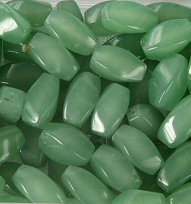 Pack of 10 Jade Beads for Jewellery Making (T16L)