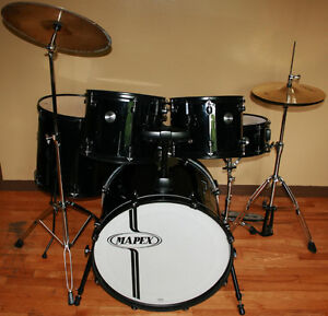 Mapex 5 Piece Drum Kit with Hi-Hats & Crash / Ride Combo Cymbal