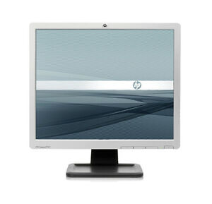 Used HP Compaq LE1911 19-inch LCD Monitor North Shore Greater Vancouver Area image 1