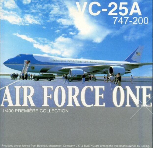 RARE United States of America Air Force One VC-25A Boeing 747-200 1:400 Aircraft #55544 Dragon Wings