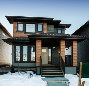 Gorgeous Brand New North Edmonton Home with Double Garage!