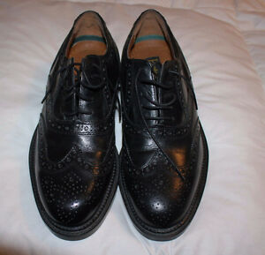 Mens Black Dress Shoes, Size 8, Like New