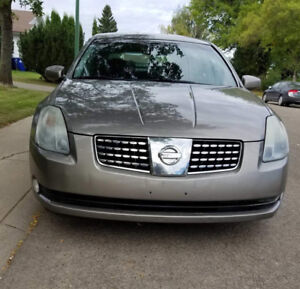 "2004 Nissan Maxima SE Sedan ""PRICE NEGOTIABLE"""