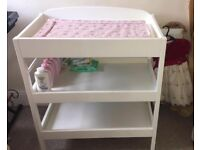 BABY CHANGING TABLE - SOLID WOOD IN WHITE FINISH