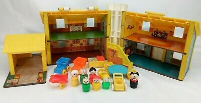 Vintage Fisher Price Little People Play Family 952 yellow blue house 18 pc stair