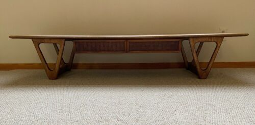 Mid-Century Modern LANE PERCEPTION Coffee Table 70 in.