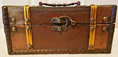 Brand new antique-looking chest jewelry / storage box!