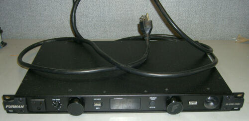 Furman PL-Pro DMC 20 Amp Power Conditioner with Voltmeter and Ammeter
