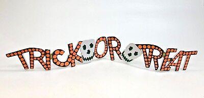 Halloween Treat Table (Halloween Trick Or Treat  Sign...table)