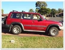 2000 Nissan Patrol Wagon 4.2 Turbo Diesel 4x4 Minto Campbelltown Area Preview