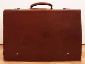 Vintage Brown Suitcase 45x30x12cm *Great Condition