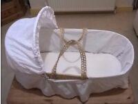 Clair De Lune Moses Basket (0-7 months!)